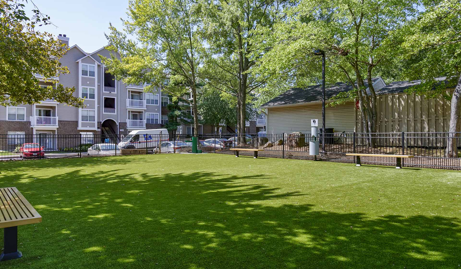 Bent Tree Apts - Centreville - Pet Friendly