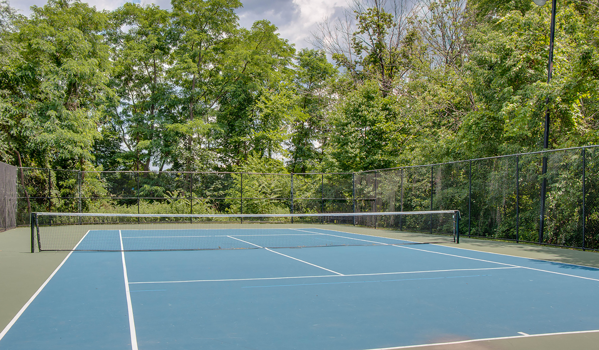 Bent Tree Apts - Centreville - outdoor activity areas